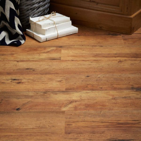 Rustic Oak effect luxury vinyl flooring from j2 Flooring