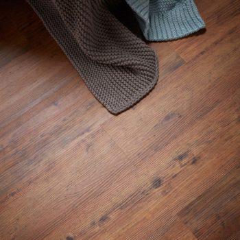 Rustic Oak effect luxury vinyl flooring from j2 Flooring