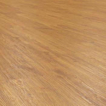 Natural Oak effect luxury vinyl flooring from j2 Flooring